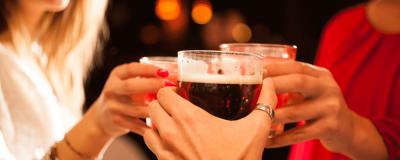El alcohol mancha los dientes